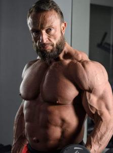 Karol Krzemiński właściciel siłowni Ultimate Gym